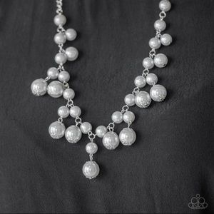 Classic Strand Silver Pearl Necklace NWT